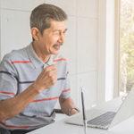 シニア関係の仕事情報はネット上の求人サイトから検索できる